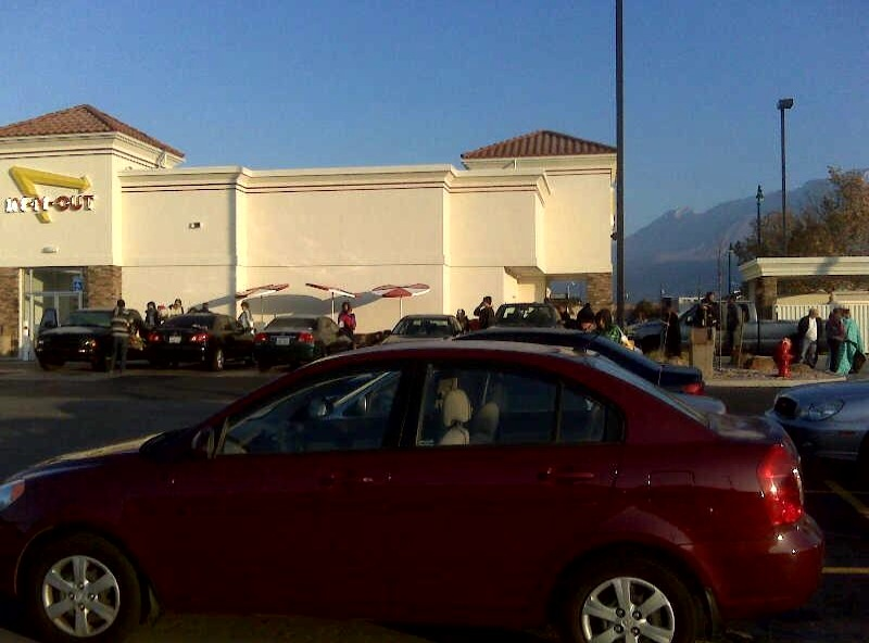 In-N-Out Opening Day in Orem Utah