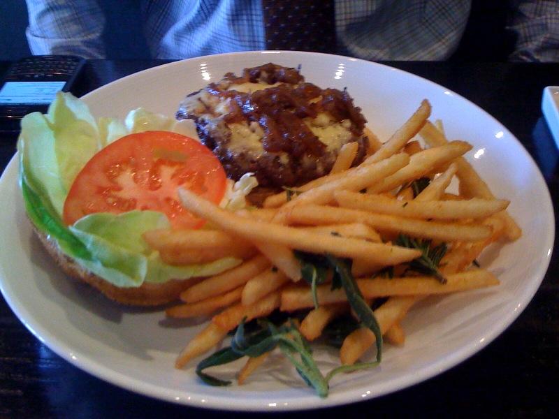 spark-restaurant-kobe-cheeseburger