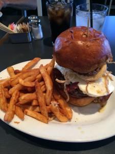 BLD burger experience