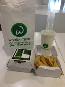Wahlburgers Wahlburger Review
